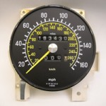 Analog speedometer gauge